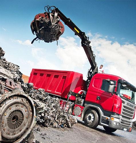 Вывоз мусора ломовозом в Казани
